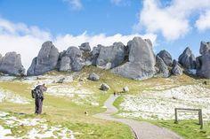 Castle Hill, South Island, New Zealand // Plan your perfect Trip on www.exploya.com // #exploya #wanderlust #bucketlist #takemethere #travellife #traveladdict #traveltheworld #travelphotography #travelpics #travelphoto #inspiration #instagood #travelingram #travelgram  #travel #startup #instatravel #travels #traveling #travelling #traveler #traveller  #castlehill #newzealand #kuratawhiti #limestone #boulder #nzmustdo #nature