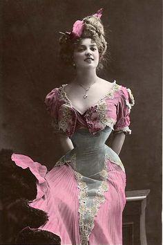Mlle Arlette Dorgere