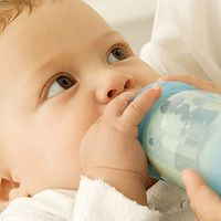 """No matter your baby's age, it's essential to keep him well-hydrated when battling a cold."""
