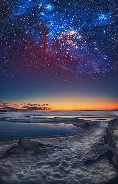 M i l k y W a y . Fantastic colors in the dark starry night