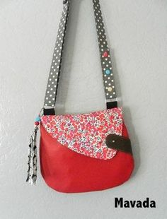 Owl bag of Mavada satchel, shoulder bag Diy Bags Purses, Diy Purse, Patchwork Bags, Quilted Bag, Couture Sewing, Denim Bag, Fabric Bags, Kids Bags, Handmade Bags