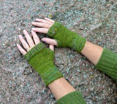 Ullcentrum Fingerless Gloves, Arm Warmers, Knitting, Crafts, Fingerless Mittens, Fingerless Mitts, Cuffs, Tricot, Breien