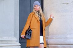 Heartfelt Hunt - Perfect Winter Coat - Winter coat, oversized sweater, long blouse, lace skirt, pompon beanie, vintage MCM bag, Ray-Ban sunglasses, shiny boots and blond, loose curls - Fall Fashion and Winter Fashion