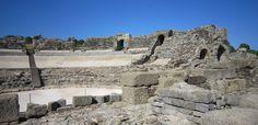 Cádiz - Bolonia - Ruinas Romanas Baelo Claudia Roman Theatre, Andalucia, Roman Empire, Rome, Spain, Romans, Places, Roman Britain, Spanish