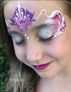 Princess Face Painting, Face Painting Designs, Paint Designs, Face And Body, Body Art, Diy And Crafts, Balloons, Halloween Face Makeup, Mermaid