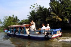 Check out our post for some options of transportation for traveling in Mekong Delta that is blessed with beautiful landscape and dreamy scenery. Vietnam Destinations, Can Tho, Mekong Delta, How To Wake Up Early, Beautiful Landscapes, Scenery, Tours, Outdoor Decor, Holiday