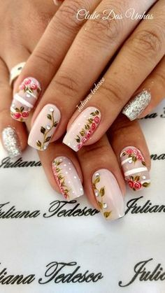 Nail art Christmas - the festive spirit on the nails. Over 70 creative ideas and tutorials - My Nails Cute Acrylic Nails, Cute Nails, Pretty Nails, Spring Nail Art, Spring Nails, Nail Art Diy, Easy Nail Art, Hair And Nails, My Nails