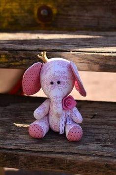 Free Pattern - kostenlose Schnittvorlage - Mimin toys: princesa elefantinha