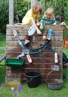 Great ideas for summer time.  I don't know what any of this says on this blog but all the pictures say it all.  Lots of fun ideas.