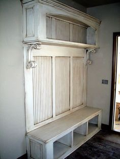 A place for shoes, a place to sit, a place for decor. With some fantastic metal hooks. I could call this home. Put it on the list (someday Nick will make this) Furniture Projects, Home Projects, Diy Furniture, Old Doors, My Living Room, Mudroom, Making Ideas, Painted Furniture, Decoration