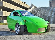 Elio Motors - Oh... I want one of these!  It would be perfect for where we live... now if I could just hook up a solar panel on top - shade and power...