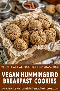 These wholesome, comforting, and delicious Vegan Hummingbird Breakfast Cookies are a healthy twist that will delight kids and adults alike. Vegan Sweets, Vegan Snacks, Healthy Treats, Vegan Desserts, Vegan Recipes, Dessert Recipes, Vegan Ideas, Vegan Dishes, Dessert Bars