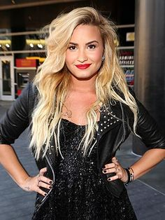 Demi Lovato is so determined to maintain her eating disorder recovery that she's been living in a sober house in Los Angeles – even while she was a judge on The X Factor. Lovato, who underwent treatment for bulimia, anorexia and cutting two years ago takes whatever steps she needs to make sure she stays healthy. #RewriteLovesDemi #RewritingIsPossible