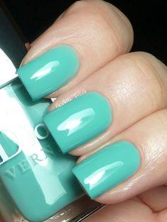 Dior Croisette Collection for Spring/Summer 2012 My Beauty, Beauty Hacks, Hair Beauty, Beauty Ideas, Love Nails, My Nails, Pretty Nails, Dior Nail Polish, Emerald Nails