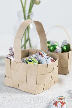 DIY : How to fold a paper basket for easter by Søstrene Grene