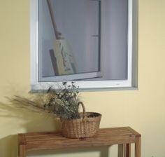 Moskitiery okienne w aluminiowej ramie przeznaczone są do każdego typu okna. Łatwe w montażu i utrzymaniu czystości. Doskonale zabezpieczają przed owadami.