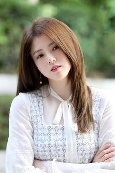 Human Poses Reference, Singer Fashion, Chinese Actress, Korean Artist, Dream Hair, Korean Celebrities, Korean Actresses, Ulzzang Girl, Korean Beauty