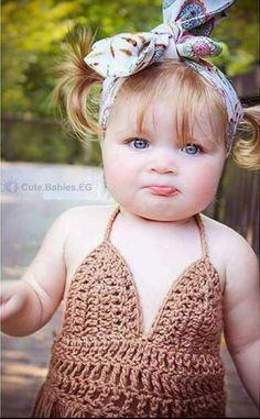 She is so sweet Cute Kids Pics, Cute Baby Pictures, Baby Photos, Baby Kind, Cute Baby Girl, Baby Love, Newborn Baby Photography, Children Photography, Beautiful Children