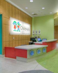 I like the sign Kindergarten Interior, Kindergarten Design, Dental Office Design, School Design, Kids Indoor Playground, Kids Daycare, Store Layout, Hospital Design, Clinic Design