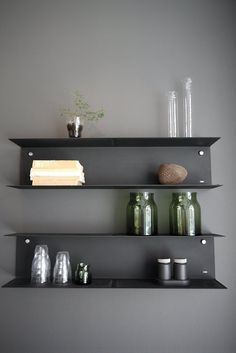 DIY Floating Shelves, bookshelf, and Wall Shelves Easy, Simple Bookcase Shelves, Metal Shelves, Steel Shelving, Black Shelves, Ikea Shelves, Open Shelving, Küchen Design, Layout Design, Interior Design