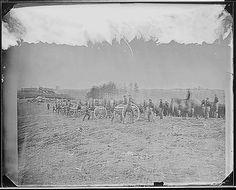 Battery in action at Fredericksburg, Virginia (1860-1865).