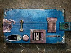 Cigar Box Guitar - MIKU