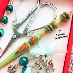 Set for knitting. Handcrafted crochet hook with steel tip. Wooden Crochet Hooks, Agate Beads, Wooden Handles, Needlework, Steel, Knitting, Pattern, Gifts, Handmade