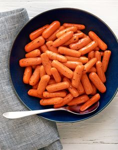 Tired of the same old recipes? Spice up your next meal by trying Hidden Valley's Glazed Baby Carrots Recipe. Side Dish Recipes, Vegetable Recipes, Vegetarian Recipes, Cooking Recipes, Healthy Recipes, Pasta Recipes, Free Recipes, Healthy Food, Glazed Baby Carrots