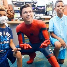 Movies: Tom Holland dishes on Spider-Man: Homecoming at Atlanta children's hospital