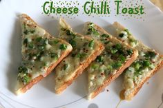 Cheese chilli toast recipe .. an easy and tasty snack made with cheese, green chillies, capsicum and bread slices #snacks #quickrecipes #breakfast  http://charuscuisine.com/cheese-chilli-toast-recipe-how-to-make-cheese-chilli-toast-sandwich-recipe/