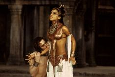 Aaliyah The V&ire Chronicles | Akasha-Queen-Of-The-Damned-v&ires  sc 1 st  Pinterest & lestat topless | Halloween 2013 | Pinterest | Halloween 2013 and ...