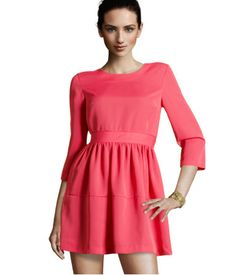 Cute little flared dress.  Makes me think SPRING!