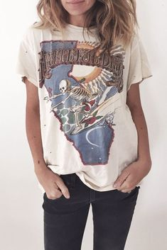Grateful Dead Tee - Street Fashion