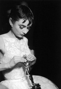 Audrey Hepburn, with her Oscar for Best Actress in Roman Holiday on May 25, 1954.