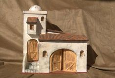 Artesanías Llacor: Casa típica Paper Doll House, Paper Houses, Christmas Village Display, Putz Houses, Old Churches, Glitter Houses, Miniature Houses, Little Boxes, Miniture Things