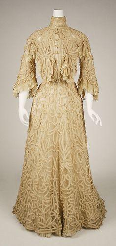 Dress  1897
