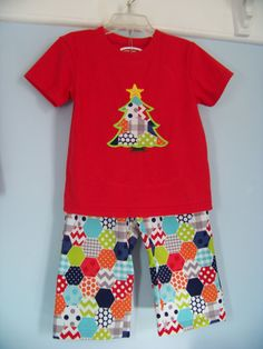 Hexagon Outfit by Threadsof2Sisters on Etsy