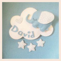 Fiocco nascita bimbo o bimba in feltro, personalizzabile. Fatto a mano. Idea regalo. decorazione da parete