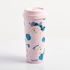 This beautiful travel mug by Ban.do is a great accesory for wherever you go! Feauturing a lovely floral design, this mug is sure to turn heads! Coffee Cup Crafts, Coffee Cups, Top Water Bottles, Trendy Home, Travel And Leisure, How To Make Paper, Paper Gifts, Getting Organized, Great Photos