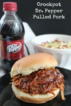 Pork Recipes This Dr. Pepper Pulled Pork is one of my favorite slow cooker BBQ Pork recipes! Slow Cooker Bbq, Slow Cooker Recipes, Cooking Recipes, Fast Recipes, Lunch Recipes, Delicious Recipes, Dr Pepper Pulled Pork, Dr Pepper Roast, Pulled Pork Recipes