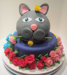 Cat and rose Cake