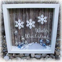Winter Christmas Box Frames, Christmas Ideas, Christmas Mood, Christmas Inspiration, Christmas Cards, Christmas Decorations, Christmas Shadow Boxes, Christmas Presents, Christmas Doodles