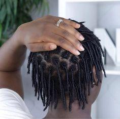 How to clean windows like a pro - Home Maintenance Natural Hair Gel, Natural Hair Styles, Flax Seed Hair Gel, Starter Locs, Aloe Vera Gel, Home Repair, Amazing Gardens, Curls, Flaxseed
