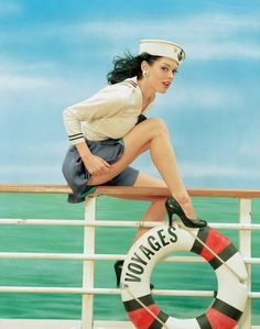 Rose McGowan is so damned gorgeous, she makes you want to go on this cruise.