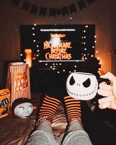 Mygiftoftoday has the latest collection of Nightmare Before Christmas apparels, accessories including Jack Skellington Costumes & Halloween costumes . Halloween Tags, Films D' Halloween, Soirée Halloween, Halloween Costumes, Halloween Tumblr, Halloween Bedroom, Halloween Movie Night, Halloween Countdown, Halloween Inspo