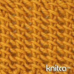 Wrong side of knitting stitch pattern – Lace 21 at www.knitca.com