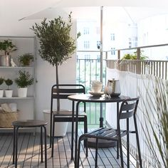 1000 Ideas About Small Balcony Furniture On Pinterest