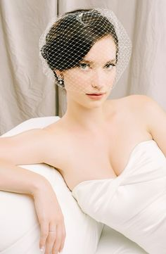 Keep it chic with a birdcage veil! The Collette Convertible Birdcage Veil