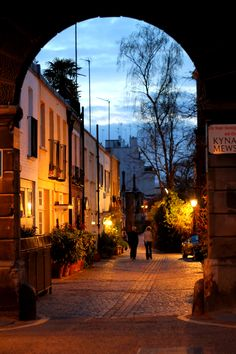 Kensington Mews, London