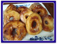 Estos donuts los hice hace tiempo y, aunque no son como los auténticos, son muy muy buenos, tanto que a mi hijo mayor le gustan más que l...